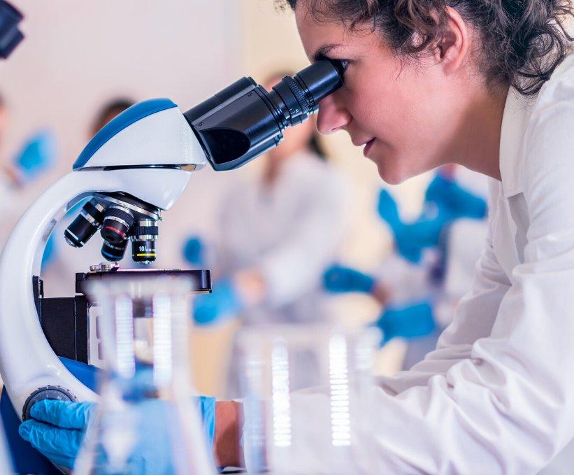 Sănătatea sub microscop
